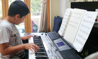 9 year old Amrit-Nikolay Venket plays Dance Monkey by Tones and I on the electronic keyboard