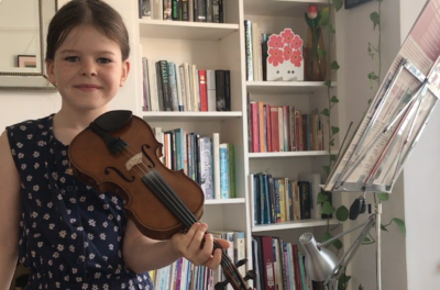 7 year old, Maya Lowe Seddon plays Havana Breeze by Edward Hugh Jones on the violin